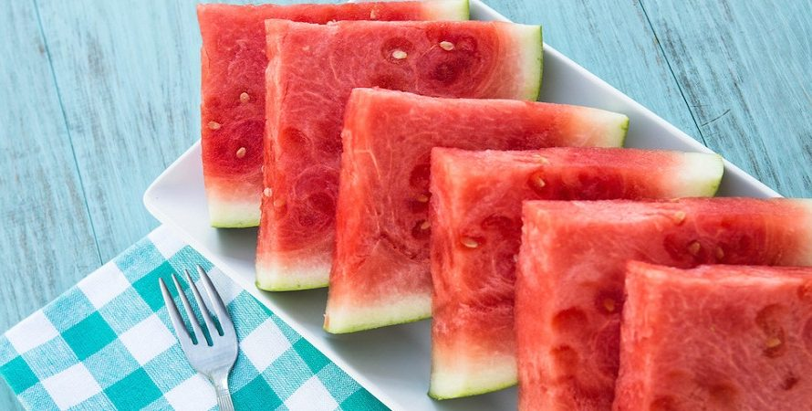 How To Cut A Watermelon? (The best steps)