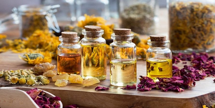Essential Oils For Sinus Infection: Best Oils And Its Uses